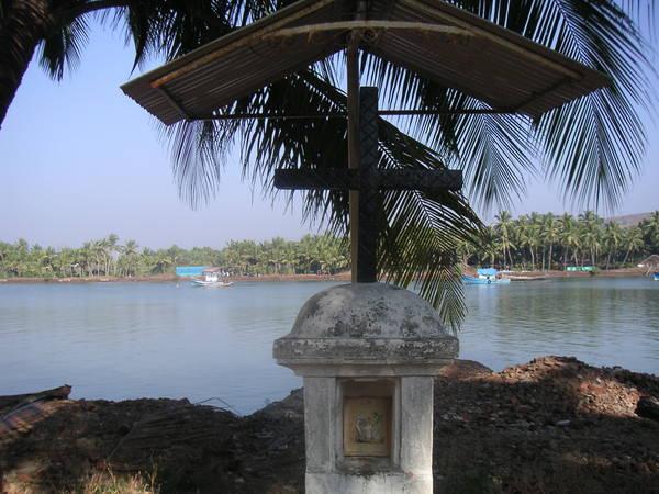 Catholic temple on River Sal