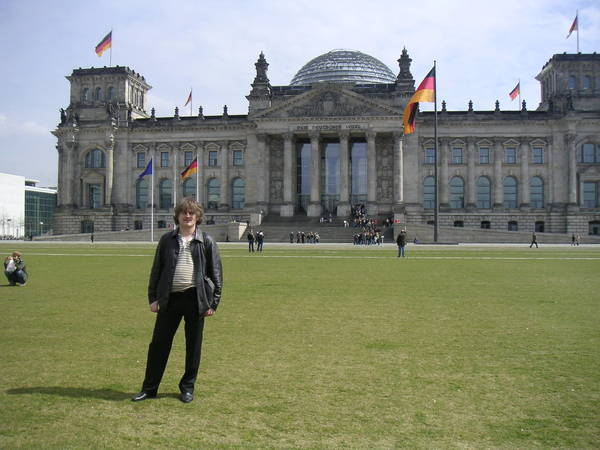 Германия: Berlin: Andy@ у Рейхстага
